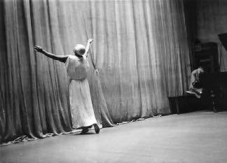 Malkovsky dans le studio dansant le Prélude